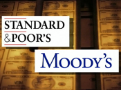 Credit rating agencies threaten to downgrade U.S.