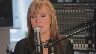 Pop Singing Lessons: U.S. National Anthem,